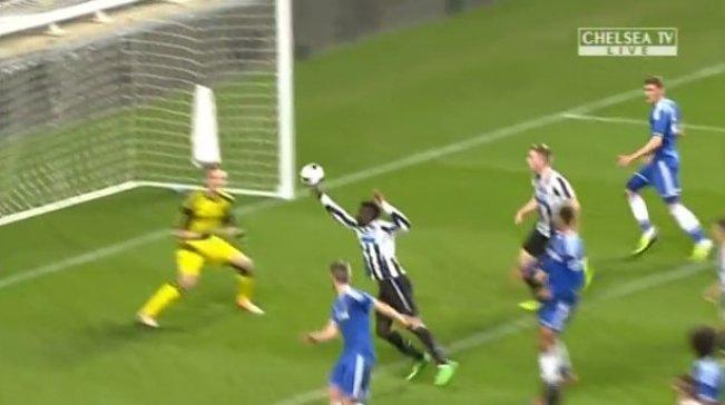 Gol Tangan Tuhan dari Pemain Newcastle U-18