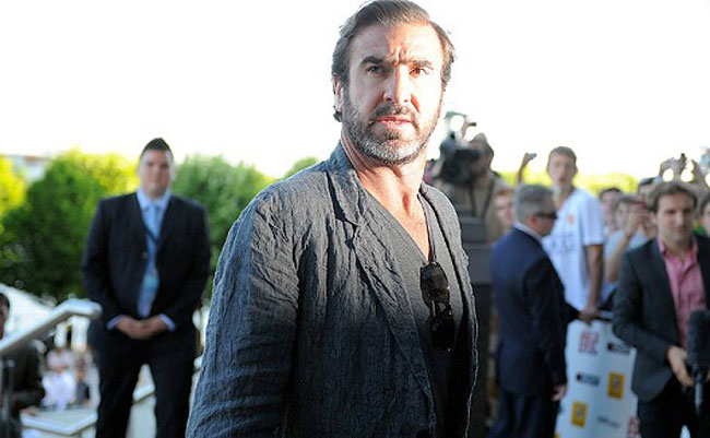 Eric Cantona: Antara Tendangan Kungfu, Kapal Pukat, Burung Camar dan Ikan Sardin