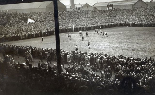 [On This Day] 1939, Rekor Penonton Terbesar Old Trafford