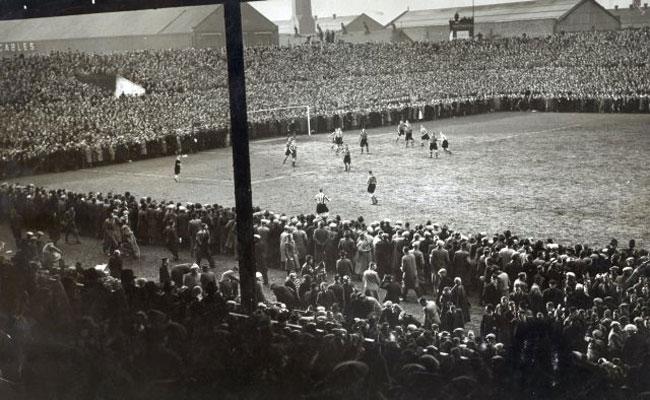 [On This Day] 1939, Rekor Penonton Terbesar Old Trafford