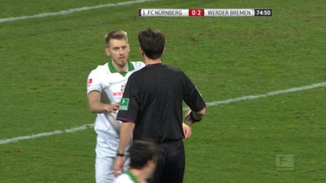 Tindakan Fair Play Aaron Hunt Menolak Penalti