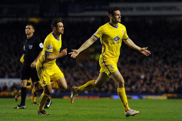 Scott Dann Persembahkan Gol untuk Liverpool