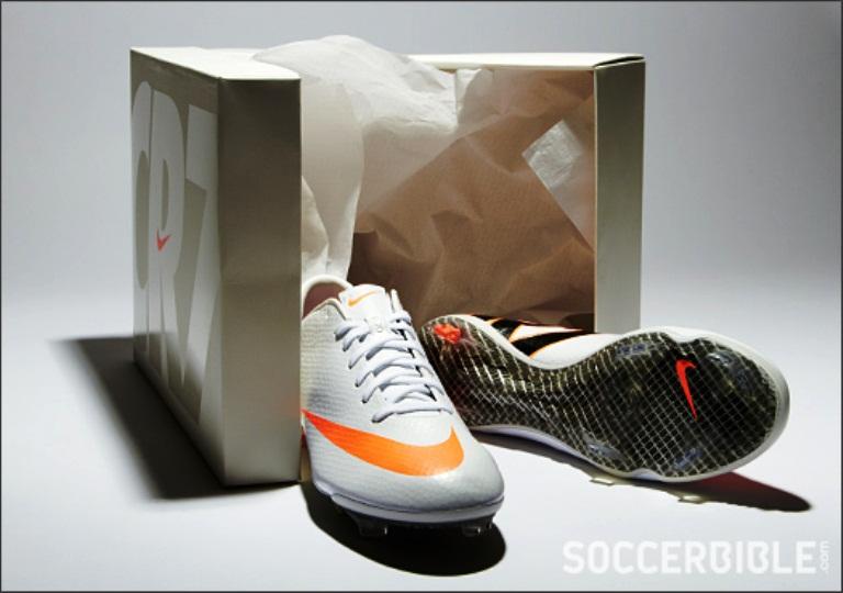Nike Mercurial Vapor IX CR7: Sepatu untuk Ronaldo (Lagi)