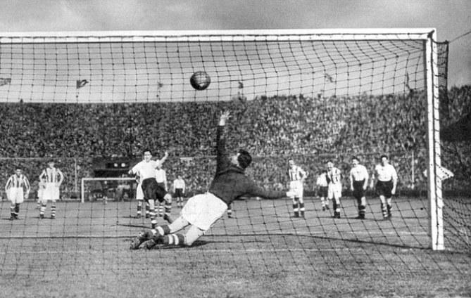 On This Day 1938, Pertandingan Pertama yang Ditayangkan Televisi