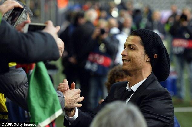 Ronaldo: Pemain, Bintang Idola, dan Pelatih