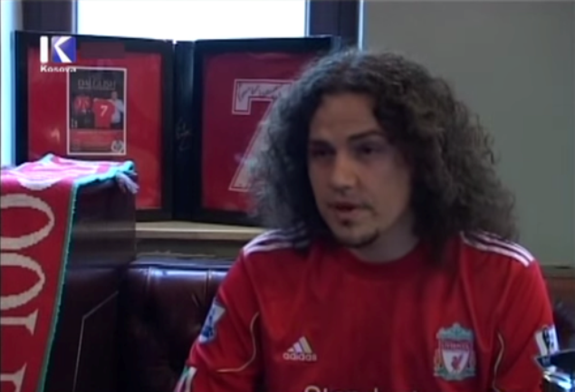 Janji Tidak Akan Potong Rambut Sampai Liverpool Juara Liga