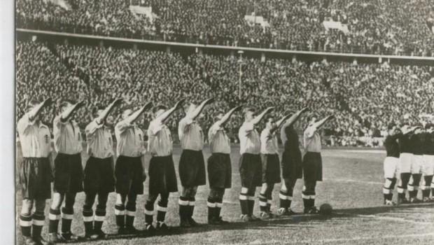 On This Day 1938 Ketika Timnas Inggris Memberi Salut pada Hitler