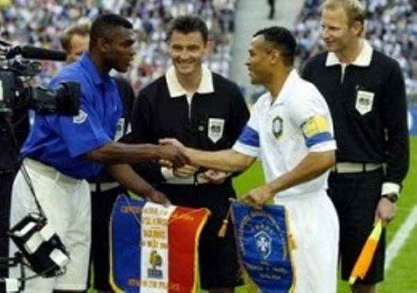 On This Day 2004, Partai Final Piala Dunia untuk Peringati 100 Tahun FIFA