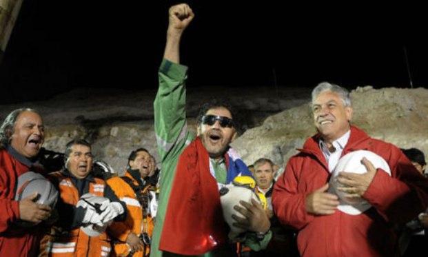 Semangat Korban Tambang Untuk Timnas Chile