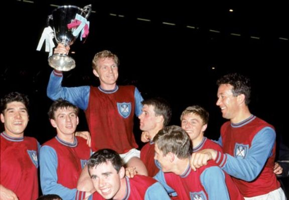 On This Day 1965, West Ham Juara Piala Winners di Wembley