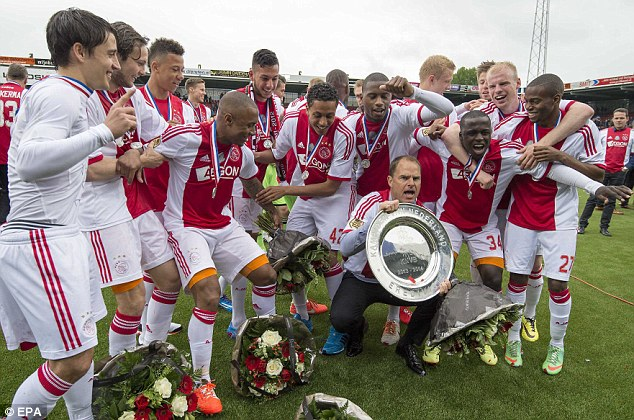 Merasakan Euforia Selebrasi Juara Ajax