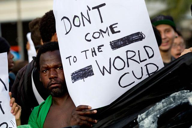 Betapa Bahayanya Gelaran Piala Dunia Brasil Tahun Ini!