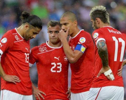 Otak-Atik Hitzfield Dalam Mengembalikan Performa Swiss