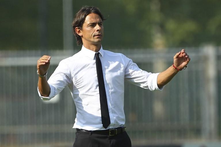 AC Milan Depak Seedorf demi Inzaghi