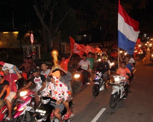 Menilik Fanatisme Rakyat Maluku Terhadap Timnas Belanda