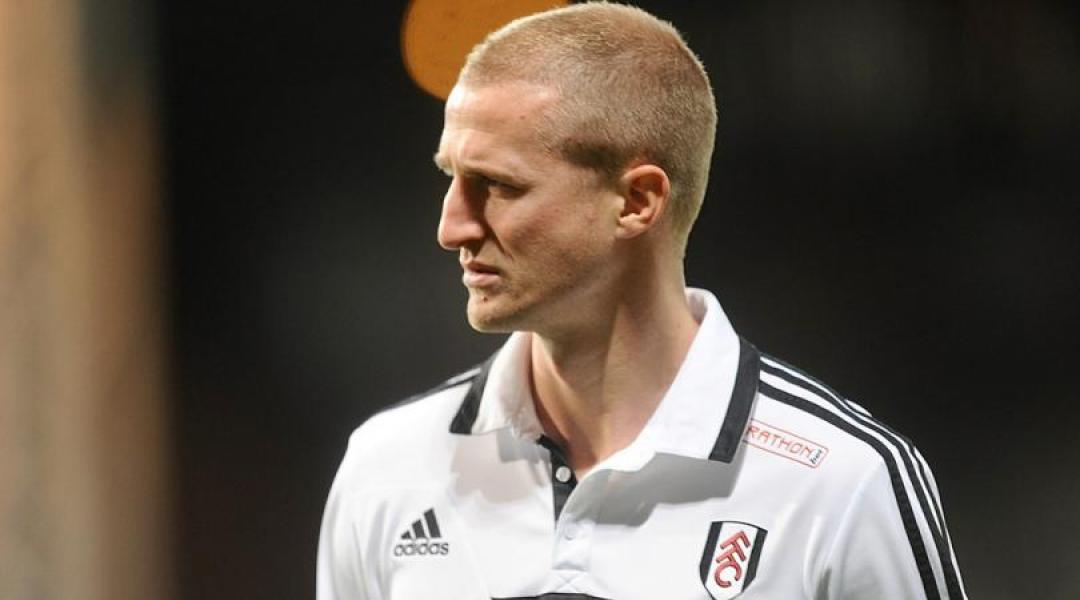 Fulham Memutus Kontrak Hangeland via E-mail