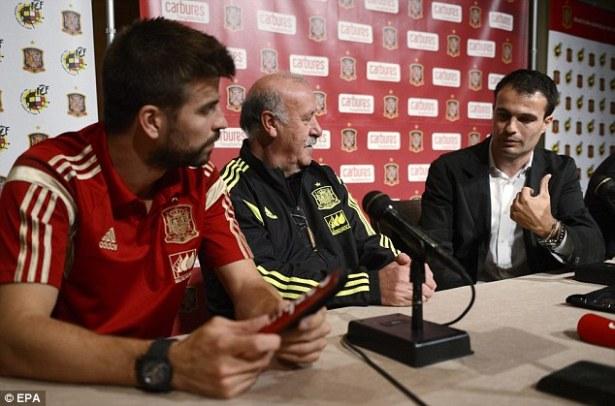 Siulan Kepada Gerard Piqué dan Sentimentil Suporter Real Madrid