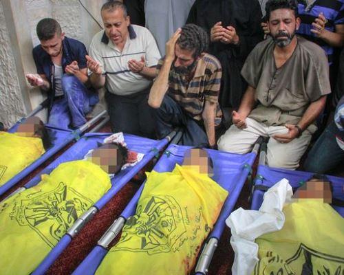 Pesepakbola Cilik yang Bermain di Pantai pun Turut Dibom Israel