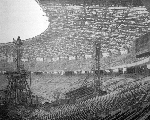 Presiden dan Sepakbola Indonesia (1): Membangun Kejayaan Lewat Sebuah Stadion