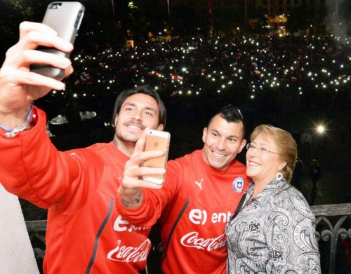 Kapan Pemimpin Negeri Ini Bisa Selfie di Piala Dunia?